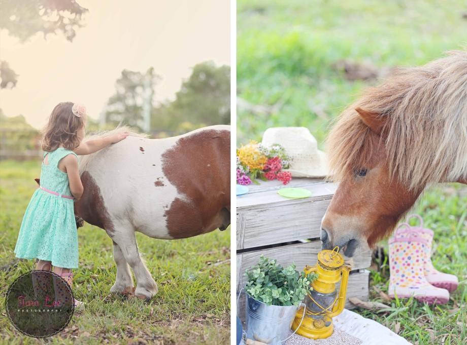 Olivia & the pony015